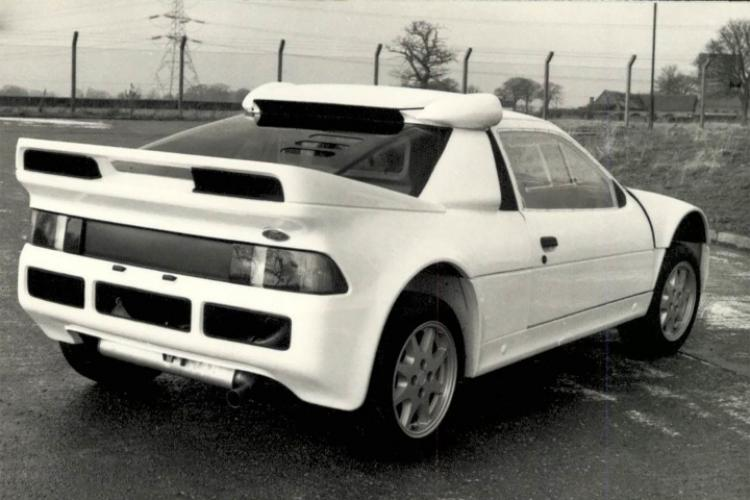 Ford RS 200 - Rear